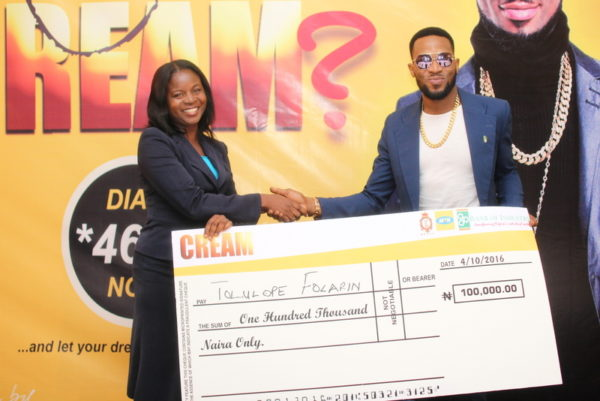 CREAM winner, Tolulope Folarin and Dbanj at the Prize presentation on Tuesday, October 4, 2016