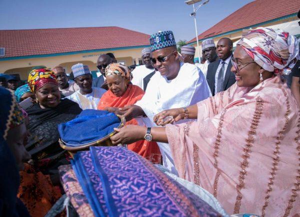 Aisha Buhari Donates Food Stuff to Kaga Community4