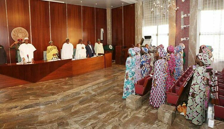 President Buhari Meets Chibok Girls4