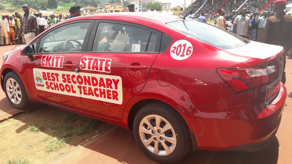 worldteachersday gov fayose of ekiti gifts best teachers with brand new cars doles out n50. Black Bedroom Furniture Sets. Home Design Ideas