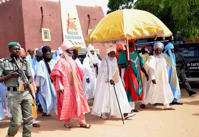 The Emir of Daura, Alhaji Umar Faruk (m) at the wedding fatiha of President Buhariís daughter, Fatima Buhari to Alhaji Yau Gimba Kumo in Daura, Katsina state on Friday (28/10/16). 8050/28/10/2016 /Otu Albert/BJO/NAN