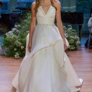 Monique Lhuillier - Runway - New York Fashion Week: Bridal October 2016