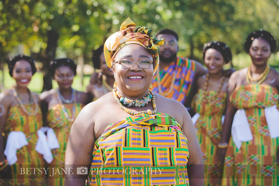 Ghanaian and Nigerian Family Photo Shoot_Kente_Mommy