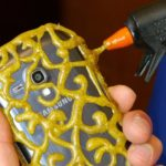 _diy-phone-case-life-hack-hot-glu_bellanaija