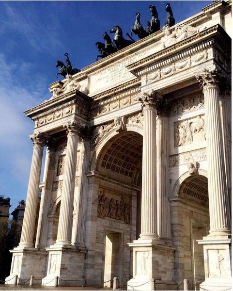 At the Arch Della Pace