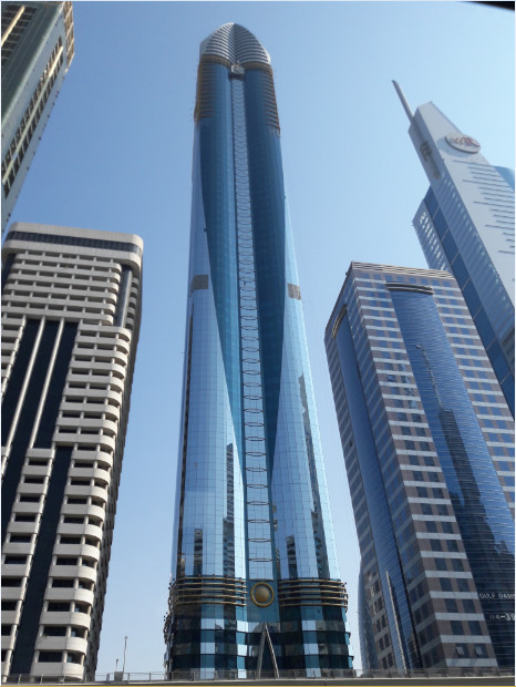 Behold the Rose Rayhaan! It is the 3rd tallest hotel in the world with 600 rooms and has a height of 333m