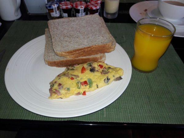 emirates-naija-fam-trip-day-1-breakfast