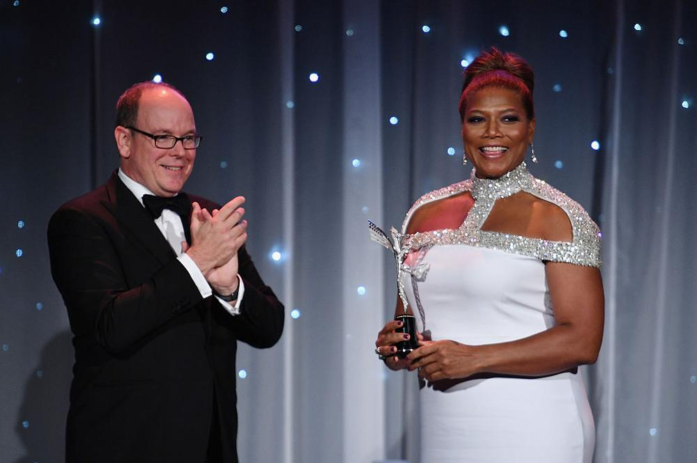NEW YORK, NY - OCTOBER 24: His Serene Highness Prince Albert II of Monaco (L) presents an award to Queen Latifah onstage during the 2016 Princess Grace Awards Gala with presenting sponsor Christian Dior Couture at Cipriani 25 Broadway on October 24, 2016 in New York City. (Photo by Dimitrios Kambouris/Getty Images for Princess Grace Foundation)