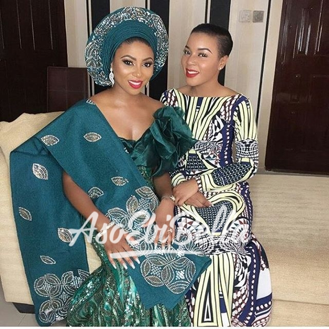 Gorgeous bride @stephaniecoker & Bella @lolaoj @lolaoj in @kbfabrics