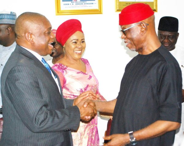 From left: Former Governor of Abia state, Dr Orji Uzor Kalu; Women Leader, South East,  All Progresive Congress (APC), Mrs Sally Chinedu and the National Chairman of APC, Chief John Odigie-Oyegun, during  the visit of Dr Orji Uzo Kalu to APC Secretariat in Abuja on Wednesday (16/11/16). Dr Orji Uzo Kalu officially  joined APC in Abuja. 8433/16/11/2016/Hogan-Bassey/ICE/NAN