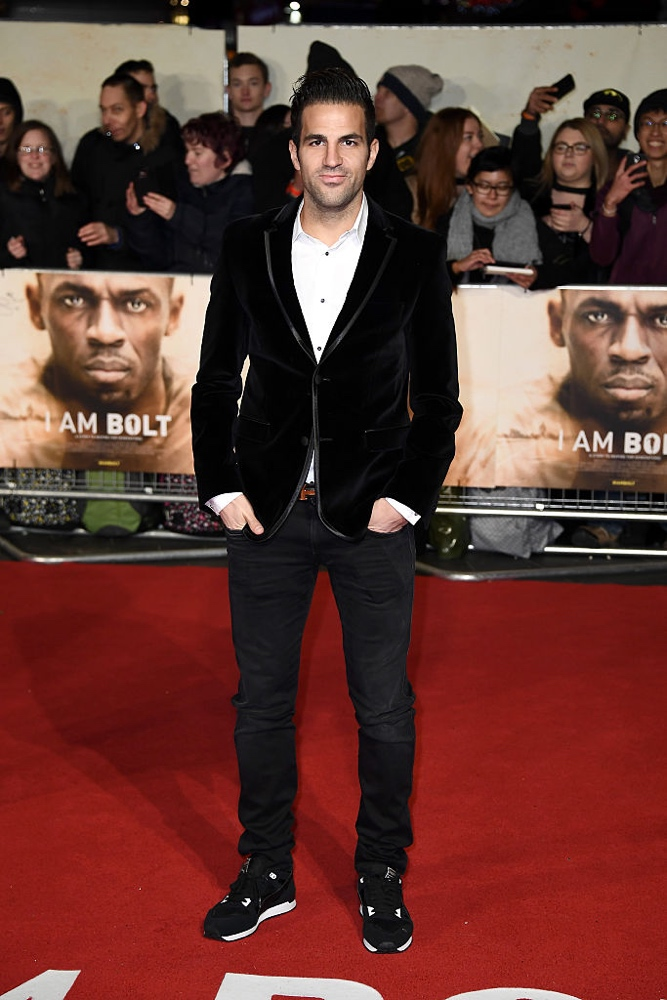"LONDON, ENGLAND - NOVEMBER 28: Footballer Cesc Fabregas attends the World Premiere of ""I Am Bolt"" at Odeon Leicester Square on November 28, 2016 in London, England.  (Photo by Gareth Cattermole/Getty Images)"