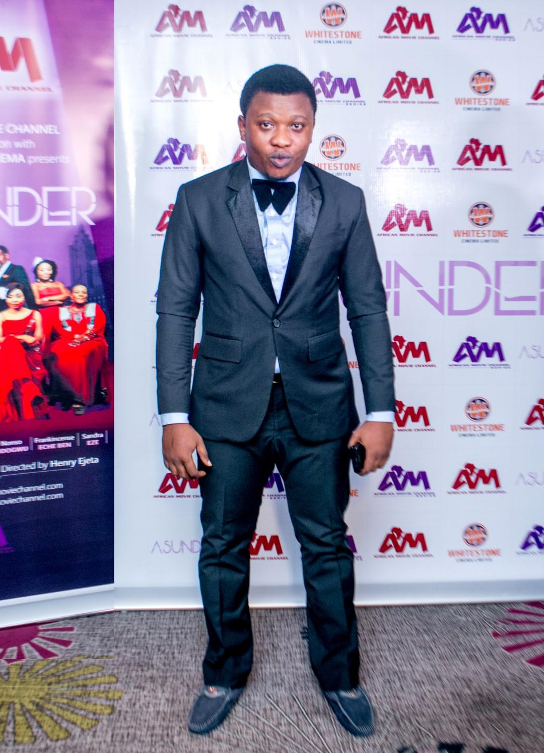 Adekunle Salawu, Asunder Writer