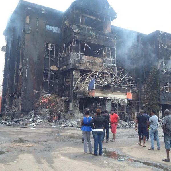 benin-mall-fire3