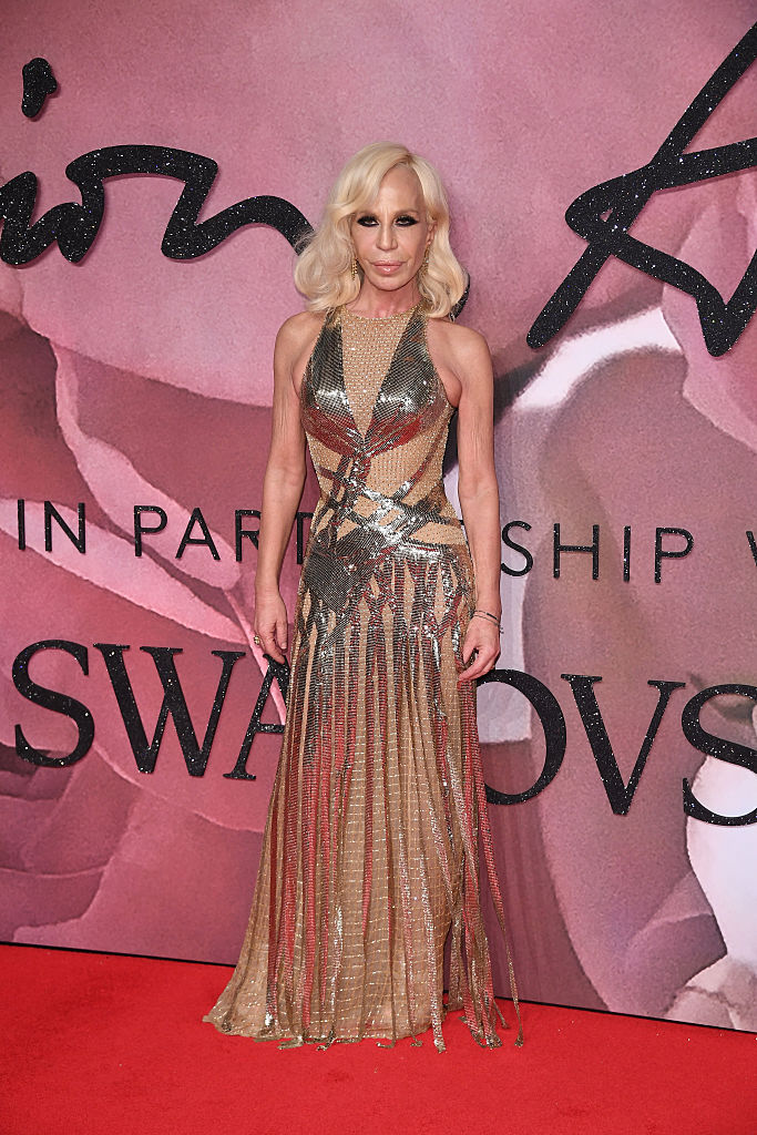 LONDON, ENGLAND - DECEMBER 05: Donatella Versace walks the red carpet for the British Fashion Awards 2016 on December 5, 2016 in London, England. (Photo by Venturelli/Getty Images for GUCCI)