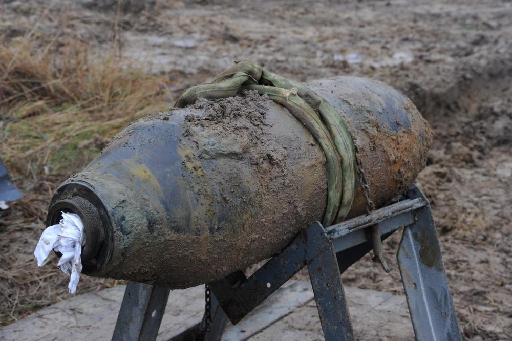 bomb at war 2