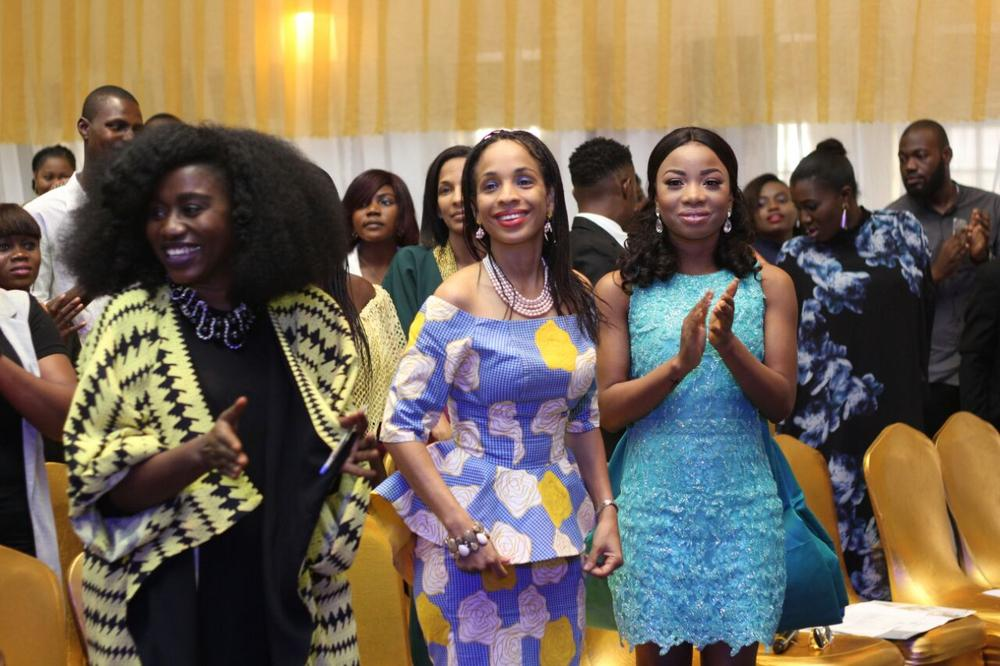 ty-bello-ndid-nuwneli-_-mochedah-at-the-awesome-awards