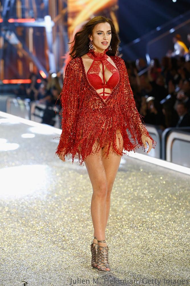 PARIS, FRANCE - NOVEMBER 30:  Irina Shayk walks the runway with Swarovski crystals during Victoria's Secret Fashion Show on November 30, 2016 in Paris, France.  (Photo by Julien M. Hekimian/Getty Images for Swarovski)