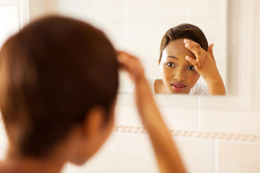 8 Side Effects of Sleeping with Your Makeup, How it Affects your Skin & Ruins your Daily Routine