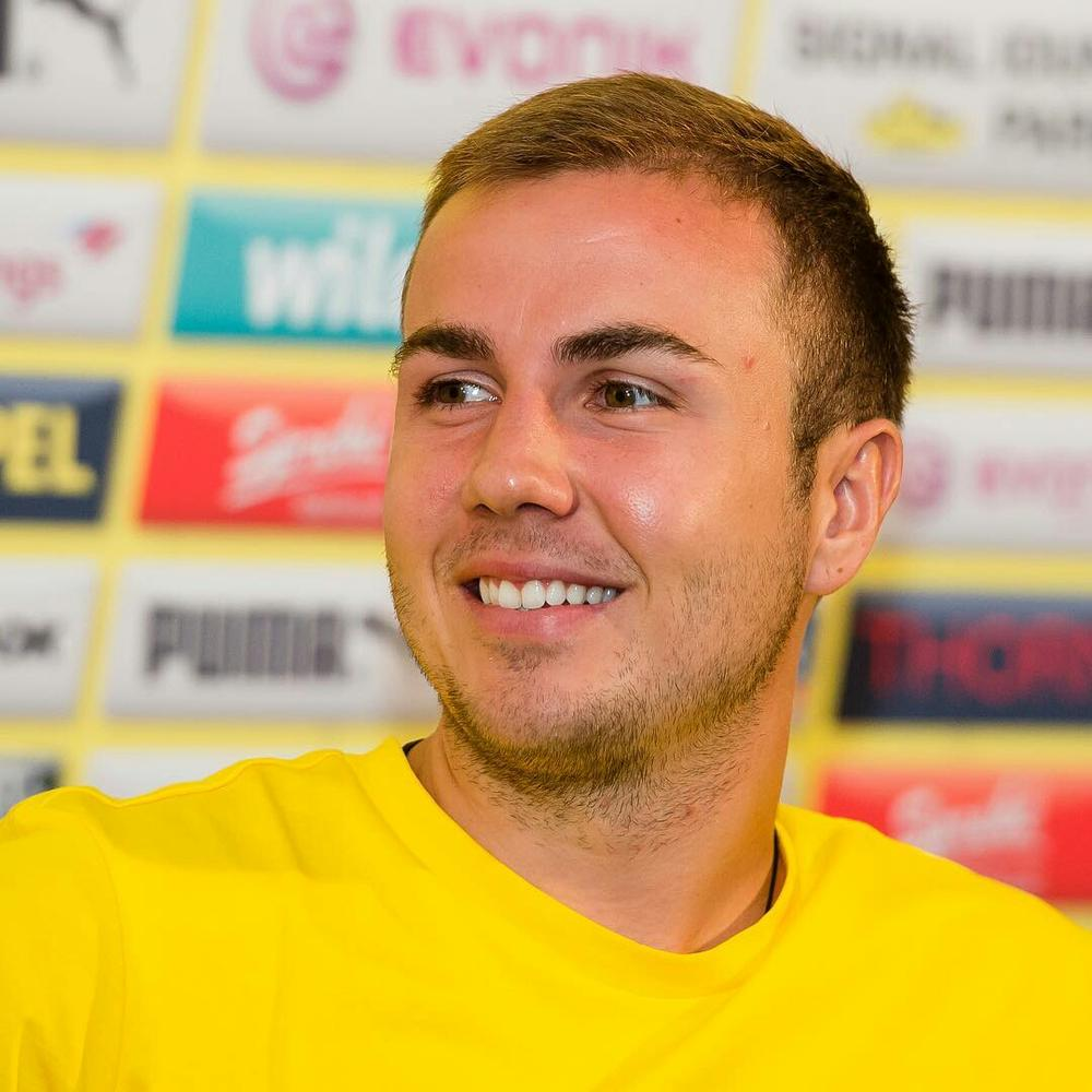 Borussia Dortmund withdraws World Cup Winner Mario Götze from