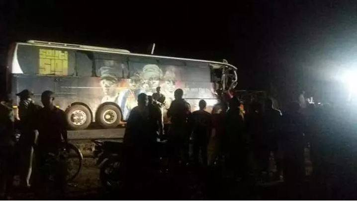 Sauti Sol's #LiveandDieinAfrika Bus crashes into a Truck leaving Driver Dead