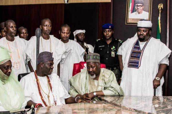The Emir of Dutse, Alh (Dr) Nuhu Muhammadu Sanusi, the Ooni of Ife with HE Alhj Badaru Abubakar, Governor Jigawa State during courtesy call Government house Dutse