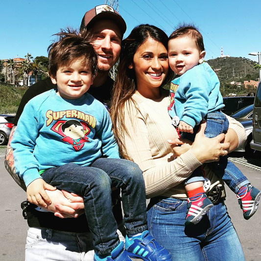 Lionel Messi set to Marry Longtime partner Antonella Roccuzzo in June