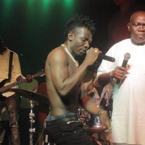 BellaNaija - Terry Apala rocks the Stage with Musiliu Haruna Ishola at Industry Nite | See Photos