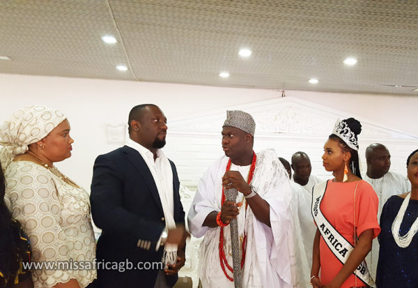 """missafricagb ooni of ife 3 600x413 - Sarah Jegede """"Miss Africa Great Britain""""  Visits Ooni of Ife"""