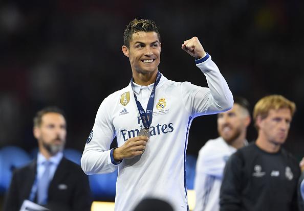 Cristiano Ronaldo Confirms Birth of His Twins