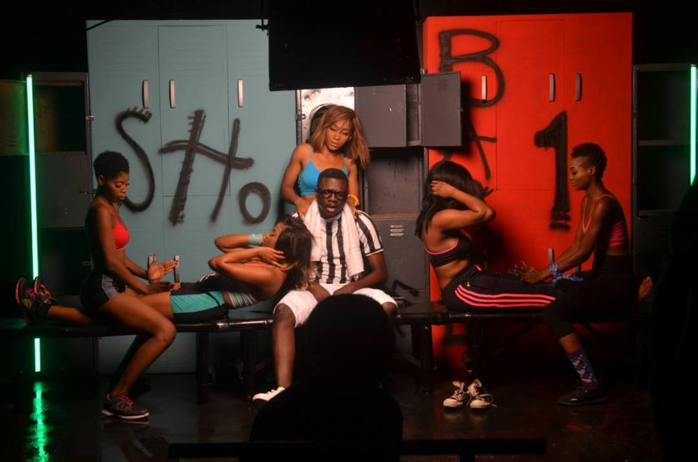 "BellaNaija - See B.T.S Photos of Aquila Records' New Music Video ""Showcase"""