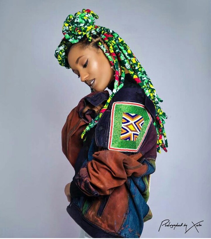 New Trend? Di'Ja Rocks Braids Wrapped in Ankara
