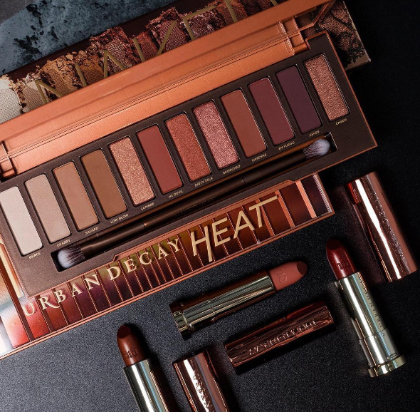 Urban Decay's 'Naked Heat' Eyeshadow Palette is Everything!