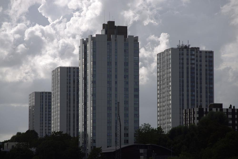 UK high-rise buildings fail fire safety tests