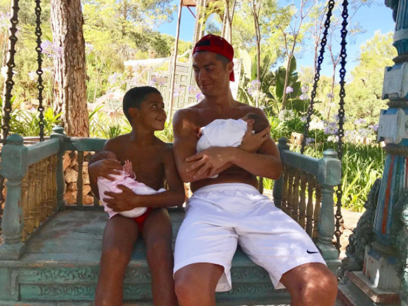 My son wants me to have seven childrenand I think that's good - Cristiano Ronaldo