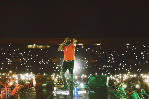 "Watch fans Sing Along to Davido's ""Dami Duro,"" ""If"" and ""Fall"" in Mali"