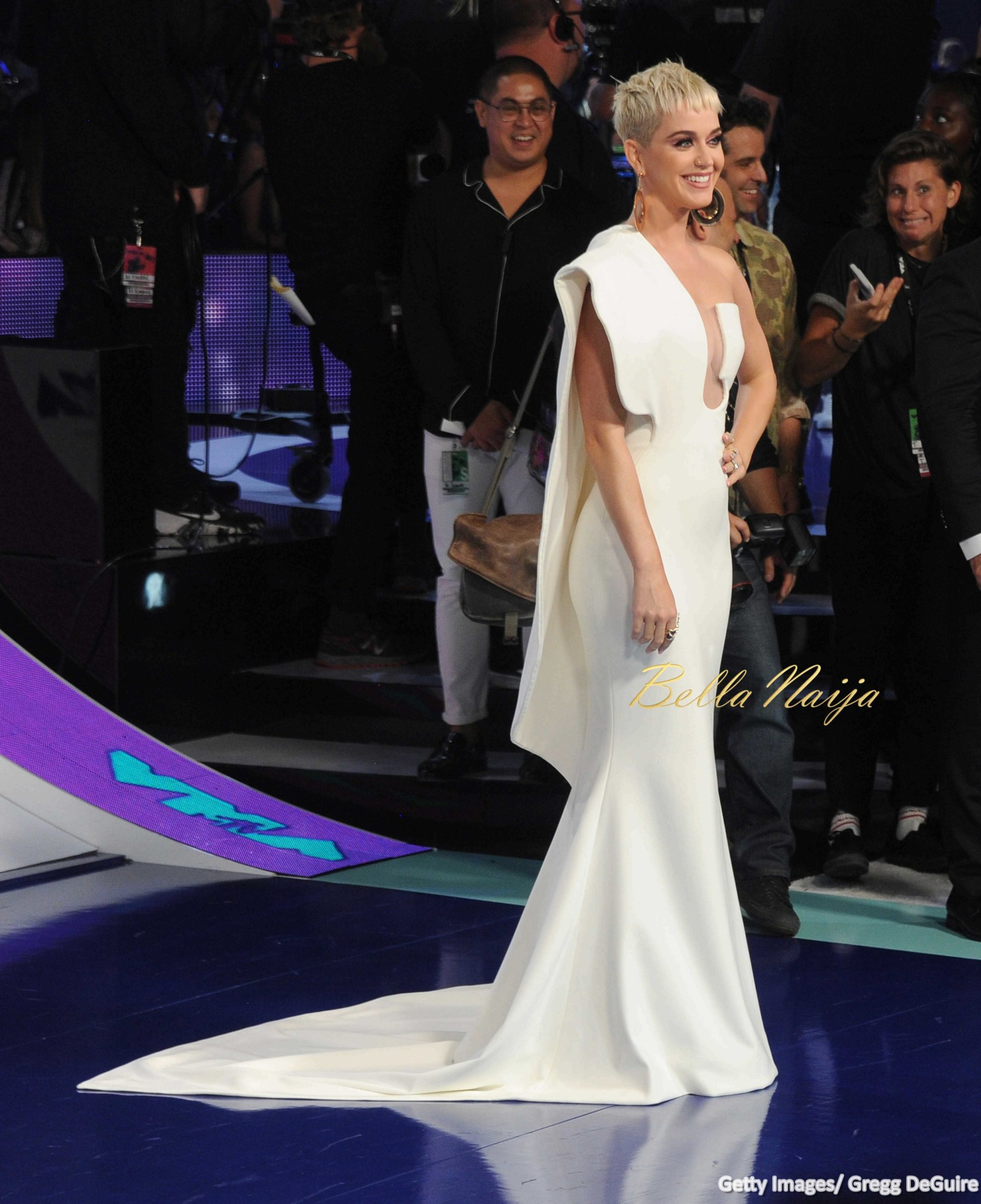 BN Style Spotlight: Katy Perry as Host of MTV #VMAs 2017
