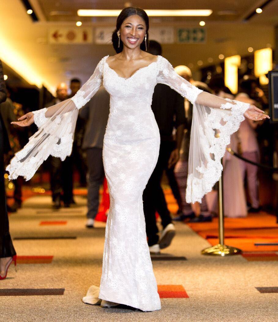 Should Women Wear Their Wedding Dresses Again?