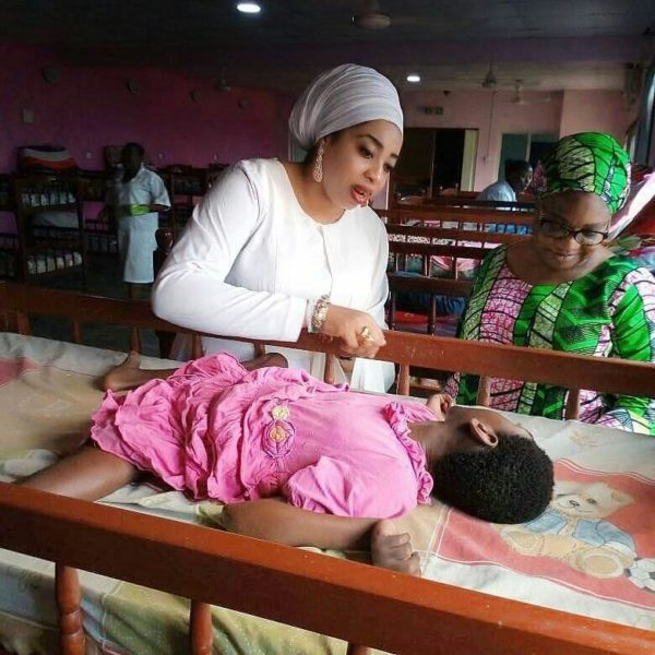 Olori Wuraola volunteers at Hearts of Gold Hospice | Photos - BellaNaija
