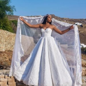 Here comes the Bride... First Look at Stephanie Coker Aderinokun's Wedding Dress #SOMykonos17