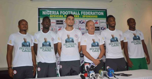 Super Eagles pay Tribute to Goalkeeper Carl Ikeme  - BellaNaija