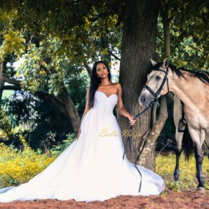 Elizabeth and Lace Bridal presents The Happy & Free-Spirited Bride in New Equestrian Themed Shoot