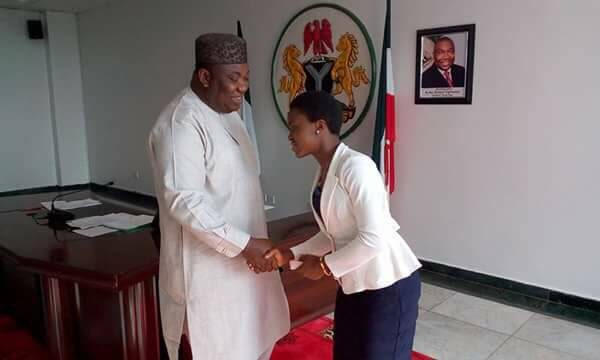 Enugu Governor Ifeanyi Ugwuanyi offers Girl who bagged all A's in her WAEC Scholarship - BellaNaija