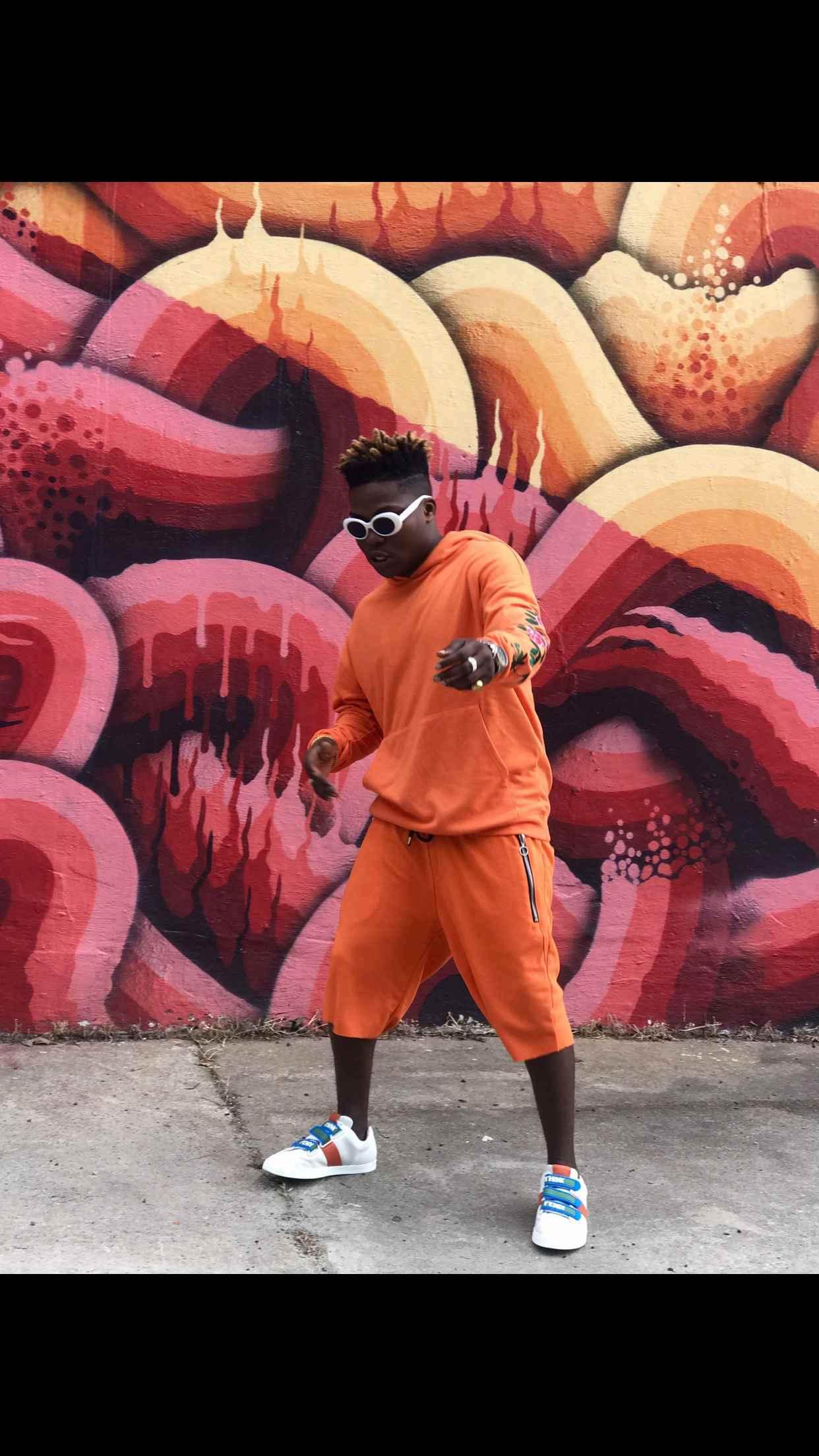 "BellaNaija - B.T.S Photos from Reekado Banks' Video Shoot for New Single ""Easy (Jeje)"""