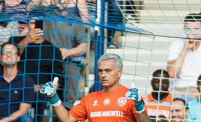 Jose Mourinho, Mo Farah, David James star in #Game4Grenfell charity match to honour London Tower victims