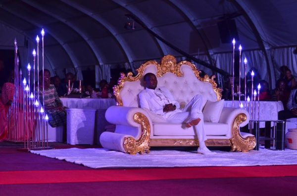 See Reactions to #Trending Photos of Congregants kissing Prophet's Feet - BellaNaija