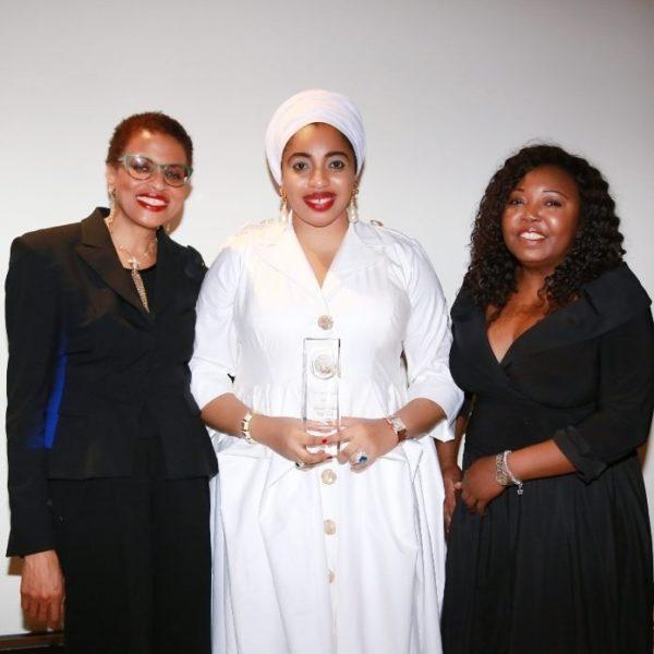 """Queen Zaynab awarded 'Humanitarian of the Year"""" award during UN Week - BellaNaija"""