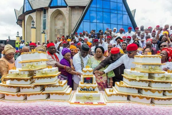 Women from 27 Local Governments gift Governor Rochas with 27 Cakes for Birthday - BellaNaija