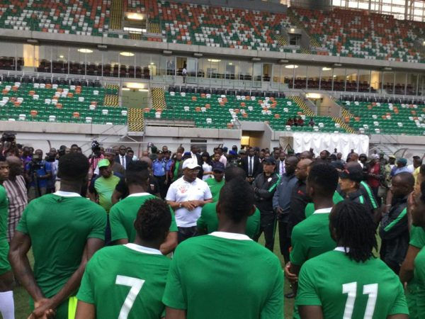 Governor Udom visits Super Eagles, Pledges $10,000 for every Goal - BellaNaija