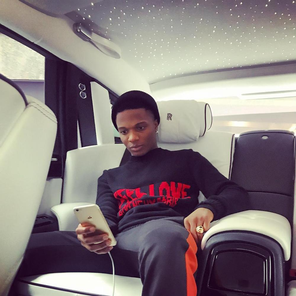 """""""Send dat to me ! 🔥"""" - Wizkid tells upcoming producer on Twitter"""