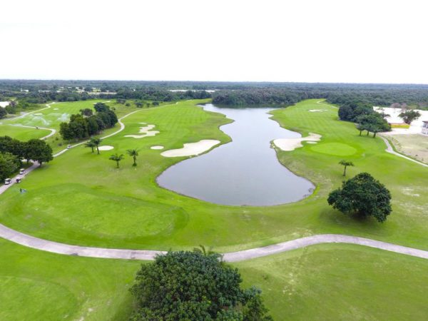 Lakowe lakes Golf & Country Estate
